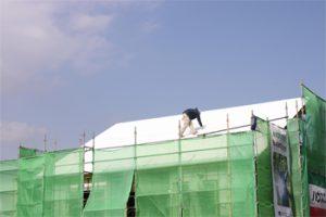 ●屋根の下も断熱塗料(SE40)と空気層で熱気・冷気を遮断して室内をさらに快適に!