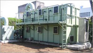 宮崎県宮崎市下水処理場の脱臭気塔へ 保温・遮熱・断熱効果目的に弊社で塗布 使用材料は、CC100白色&SE40指定色